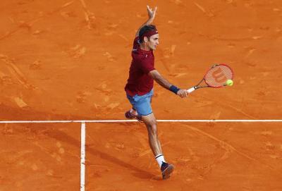 Federer passeggia con Bautista Agut, nei quarti di finale sfiderà Tsonga
