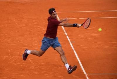 Roger Federer deve parlare