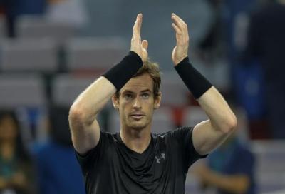 Andy Murray tende una mano a Kyrgios