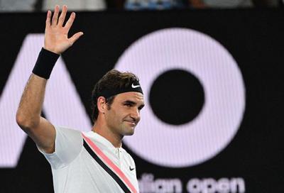 A Roger Federer basta il compitino