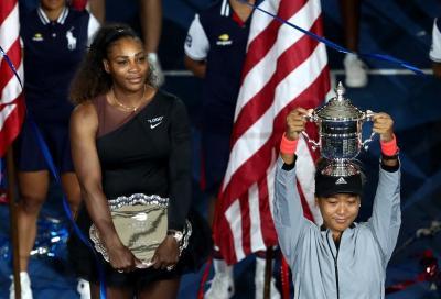 Serena impazzisce, il pubblico anche, Naomi vince