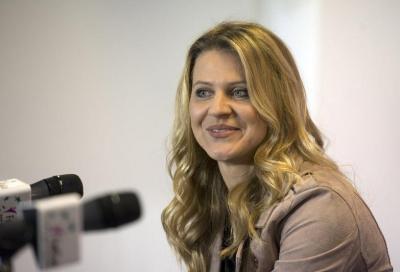 La Safarova si arrende: ritiro a gennaio