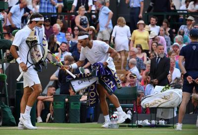 Federer rassegnato: «Nadal e Djokovic vinceranno più Slam di me»