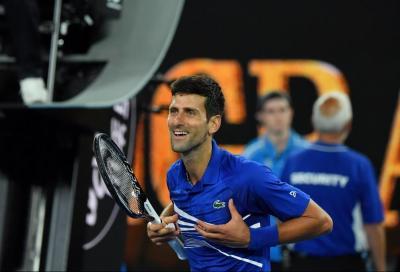 Avanza Djokovic, Tsitsipas facile su Caruso. Barty rimonta Tsurenko