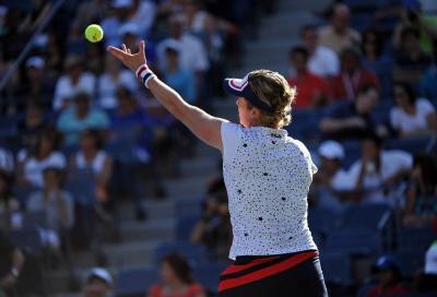Sprazzi di Clijsters a Dubai ma contro Muguruza non basta