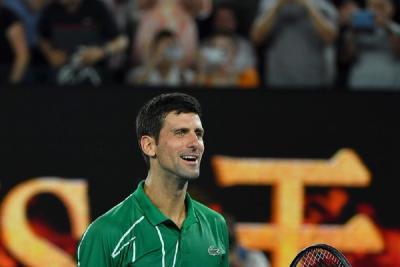 Djokovic trionfa a Dubai: 18ª vittoria di fila