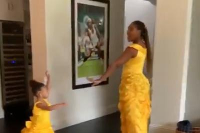 """Serena Williams canta un brano de """"La bella e la bestia"""" con sua figlia"""