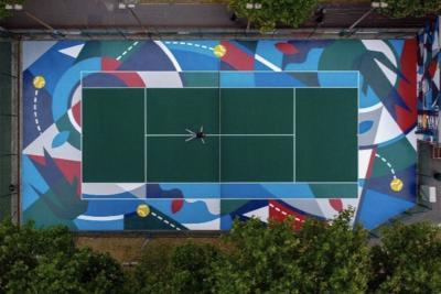 """A Clichy inaugurato un campo da tennis versione """"street"""" intitolato a Djokovic"""
