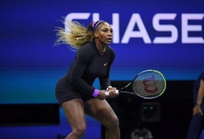 Serena Williams fatica ad ingranare, ma passa contro Pera a Lexington