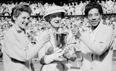 Il tennis dice addio ad Angela Buxton, pioniera dentro e fuori dal campo