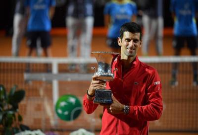 Djokovic pigliatutto: un primato tolto a Nadal, un altro di Federer sempre più vicino
