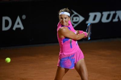 """Roland Garros, Azarenka esce dal campo: """"Fa troppo freddo, sto congelando"""""""
