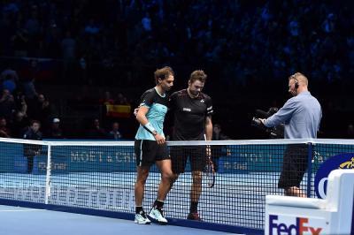 """Wawrinka scherza a Bercy: """"Ho dato il primo warning di sempre a Nadal"""" (FOTO)"""