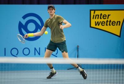 ATP Sofia: Sinner batte Huesler in due set e vola ai quarti