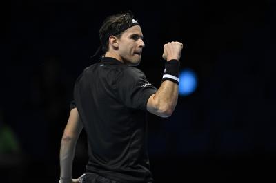 Livello spaziale tra Nadal e Thiem: vince l'austriaco in due tie-break