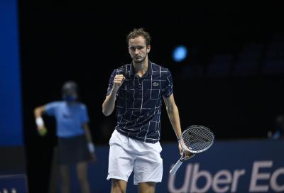ATP Finals: Medvedev supera Nadal e raggiunge Thiem in finale