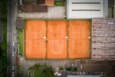 Dal 6 marzo il tennis spera di ripartire. Probabile il via libera all'attività al chiuso anche per i non agonisti