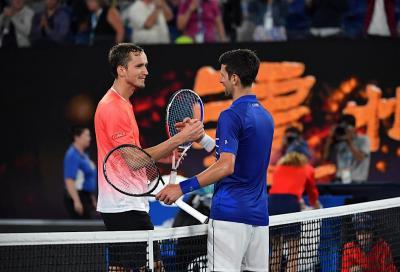Australian Open, Djokovic sfida Medvedev per il titolo