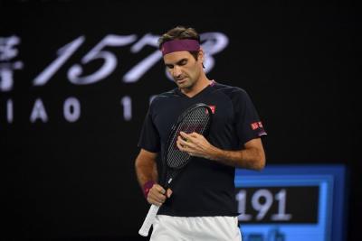 Federer torna a Doha: svelati i nuovi completi (FOTO)
