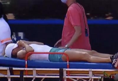 Billie Jean King Cup, Putintseva portata via in barella nel match contro l'Argentina