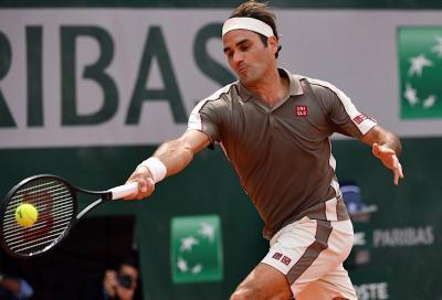 Roger Federer si allena sulla terra in vista di Ginevra (video)