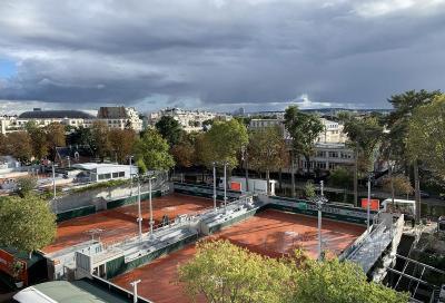 L'ATP allenta le restrizioni per i giocatori: potranno uscire a cena e prendere alloggi privati