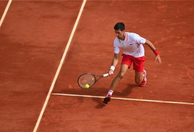 Roma, Novak Djokovic ha sette vite: rimonta sensazionale contro un ottimo Tsitsipas