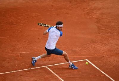 ATP 250 Ginevra: Shapovalov esce alla distanza, Cecchinato eliminato in tre set