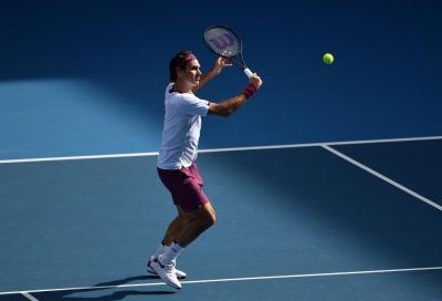 Gael Monfils colpito e affondato da Roger Federer in allenamento (VIDEO)