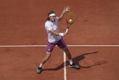 Stefanos Tsitsipas sfata il tabù: è lui il primo finalista del Roland Garros!