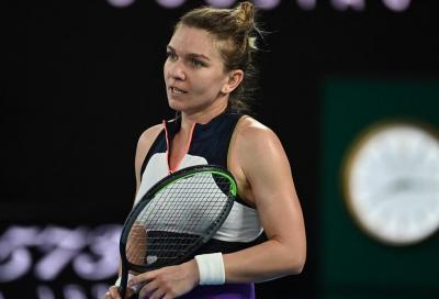 """Simona Halep si ritira da Wimbledon per il problema al polpaccio: """"Sono triste e arrabbiata"""""""