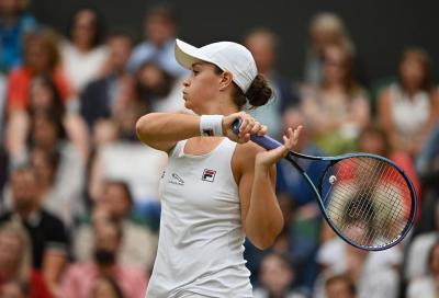 Ashleigh Barty riporta l'Australia in finale a Wimbledon, Kerber esce tra i rimpianti