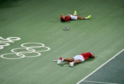 Olimpiadi: chi partecipa per la gloria, chi per... mangiare