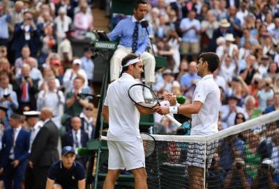 """Gli auguri di Djokovic a Federer: """"È un onore dividere il campo da tennis con te"""" (VIDEO)"""