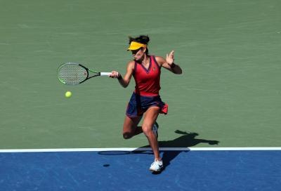 US Open, Emma Raducanu porta a casa la coppa: Fernandez s'inchina in due set