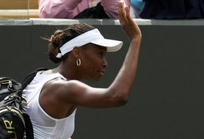 Venus no, Sharapova e Clijsters sì