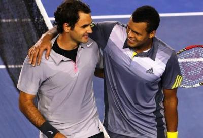 Federer soffre ma vince al 5° con Tsonga. E' semifinale con Murray
