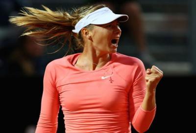 Sharapova e Wawrinka da urlo, Azarenka e Nadal stesi