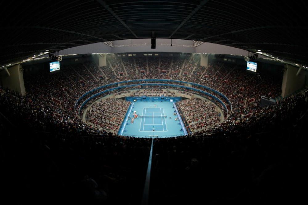 Novak supera Rafa nella finale del China open 2013 per 6-3 6-4. E' il quarto sigillo del serbo nella terra del dragone. La Williams si impone su Jelena Jankovic con un doppio 6-2 e si aggiudica il decimo titolo della sua straordinaria stagione. L'argentino Del Potro si impone per 7-6 7-5 sul canadese Raonic nella finale dell'Atp 500 giapponese. E' il terzo successo in stagione.Foto Getty Images / Il Tennis Italiano. Selezione di Max Grassi. Diritti riservati.