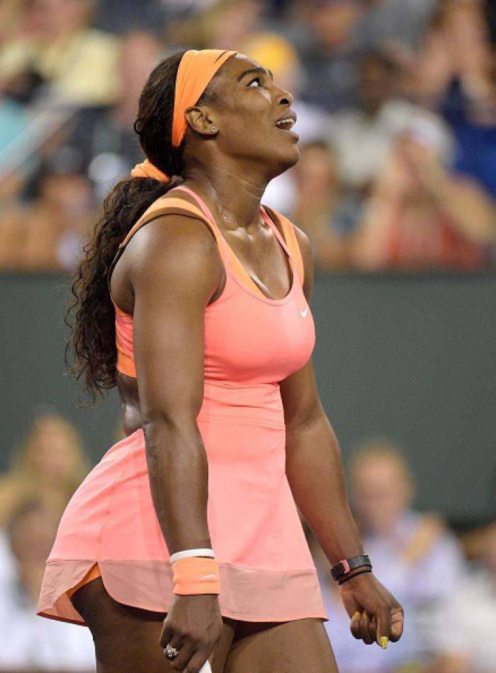 Dopo 14 anni, Indian Wells riabbraccia Serena Williams. Emozionante ritorno della numero uno mondiale in California. Per la statunitense, lacrime e vittoria sofferta su Monica Niculescu. Foto Getty Images. Selezione Fabio Bagatella / Il Tennis Italiano. Diritti riservati.