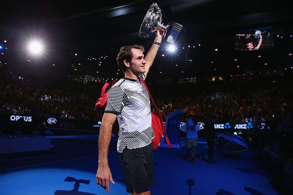 Ancora un mesetto e sarà di nuovo tempo di Australian Open. Lo stesso appuntamento che nel 2017 finì così, con Roger Federer in lacrime come un bambino con in mano il suo titolo Slam numero 18, al termine di una sfida magnifica, in un torneo magnifico. L'antipasto perfetto a quanto mostrato dai mesi successivi, che hanno visto tornare grande questo signore svizzero di 36 anni, insieme al suo eterno nemico. Riaprendo una rivalità che ci si augura possa avere ancora tante pagine.