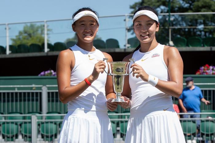 Trionfo cinese nel doppio femminile junior: vincono Xinyu Wang (finalista anche in singolare) e la quasi omonima Xiyu Wang.