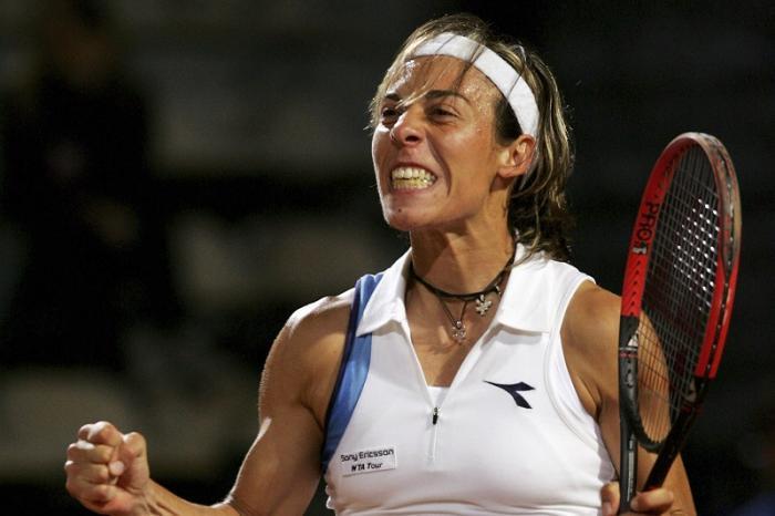 Roma 2005 – Tra i tanti scalpi eccellenti, Francesca vanta anche quello di Serena Williams. L'impresa è arrivata in una fresca sessione serale al Foro Italico, in cui fu perfetta nello sfruttare le incertezze di un'avversaria non al massimo.