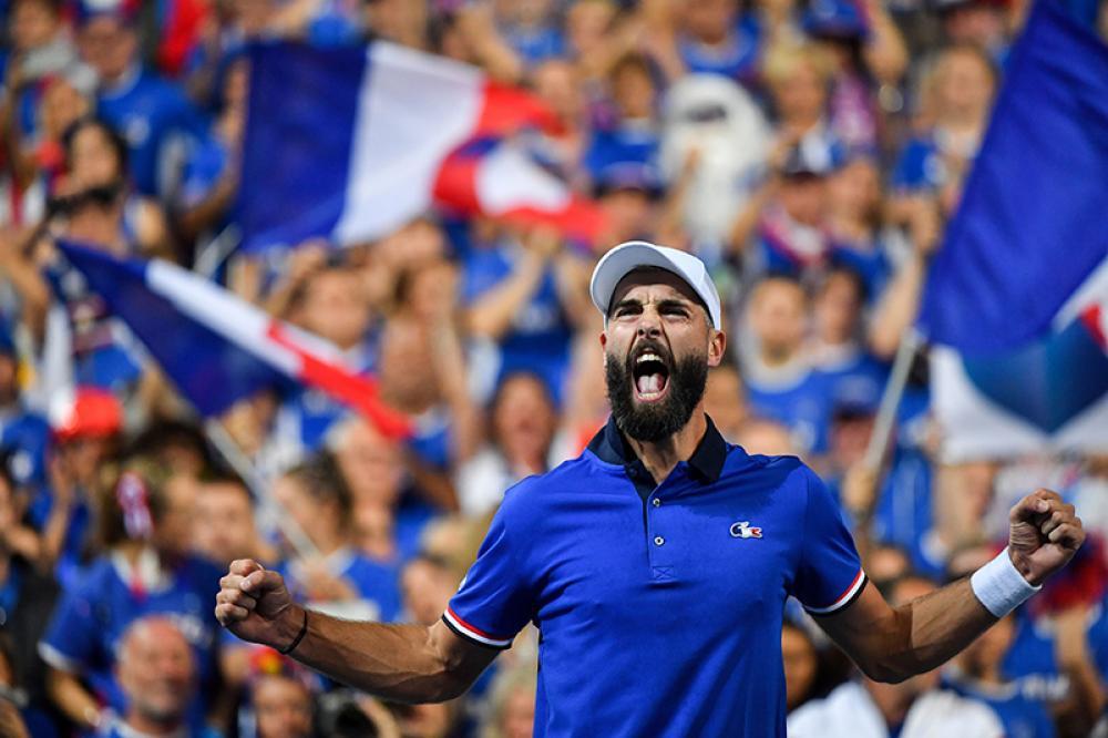 Chissà se rivedremo immagini come questa: Benoit Paiure che esulta e sullo sfondo centinaia di tifosi francesi. la nuova Coppa Davis regalerà emozioni simili?