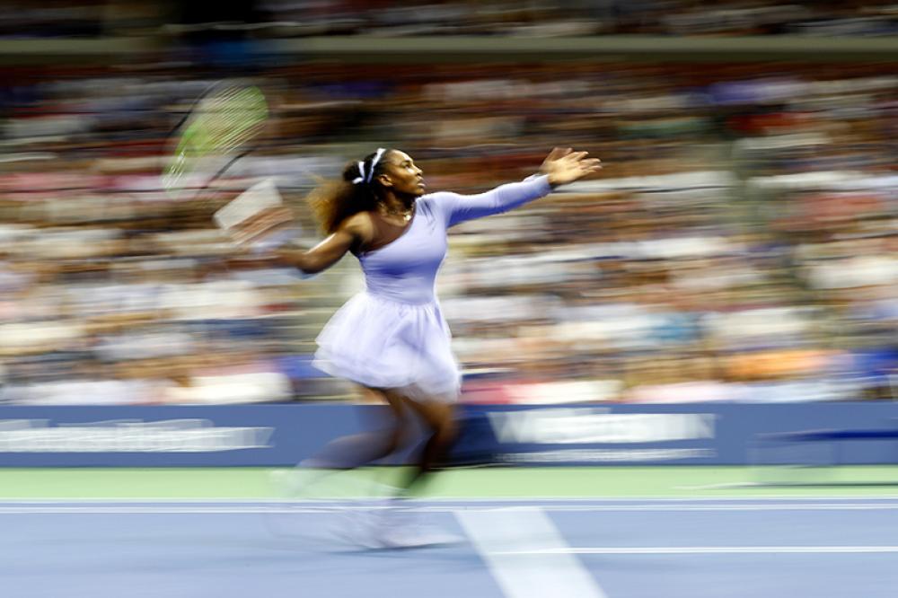 Serena va veloce: è sempre lei la giocatrice più famosa al mondo (dentro e fuori dal campo).