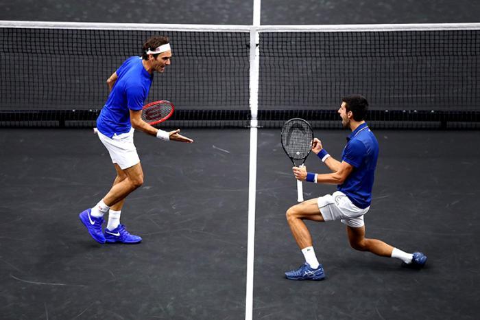 La coppia più bella della stagione: Roger Federer & Novak Djokovic alla Laver Cup.