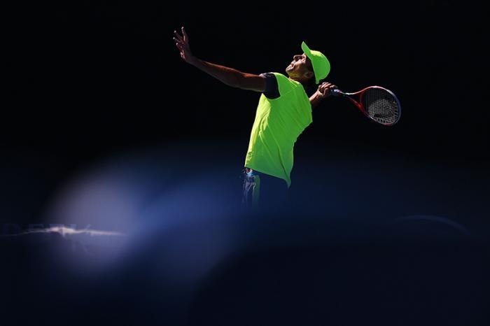 Ivo Karlovic è nato a Zagabria il 28 febbraio 1979. Alto due metri e 11, in carriera ha vinto 8 titoli ATP, sconfitto 21 top 10 e raggiunto un best ranking al numero 14 nell'agosto del 2008. Ha guadagnato oltre 9 milioni di dollari in soli montepremi